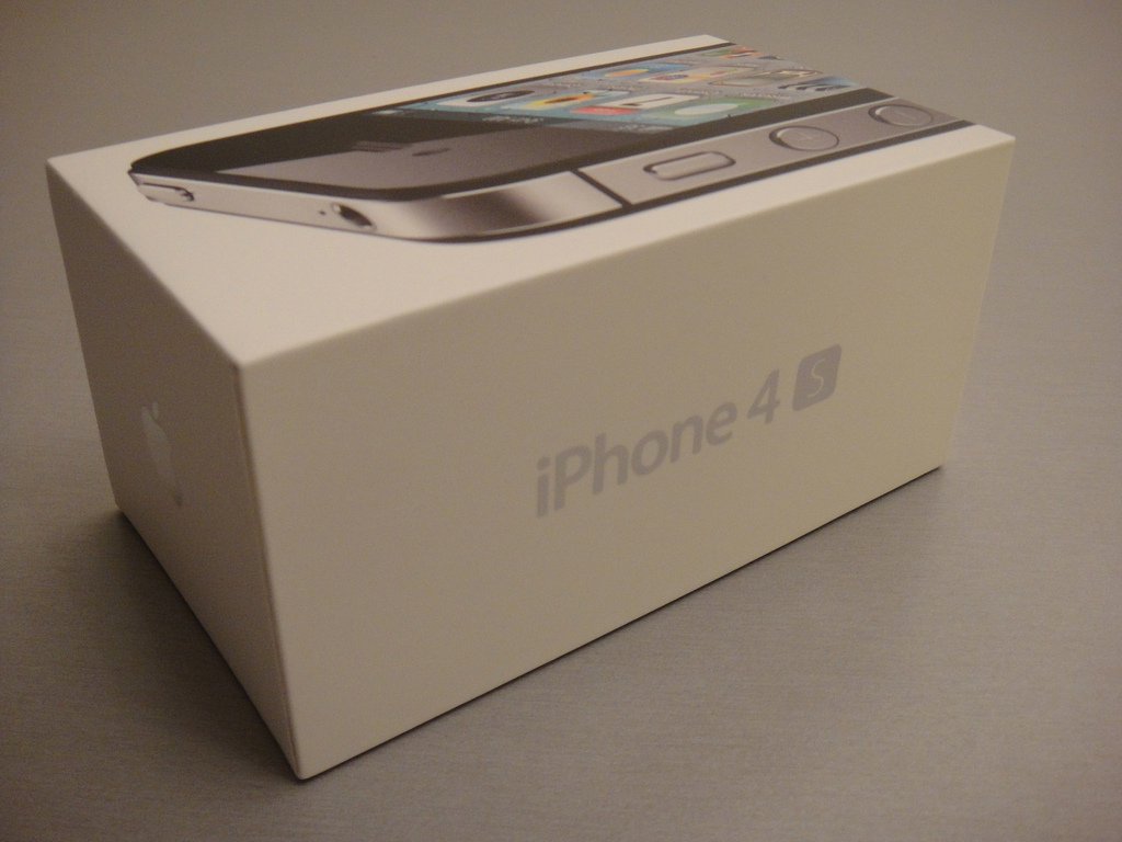 Apple iPhone 4S Box