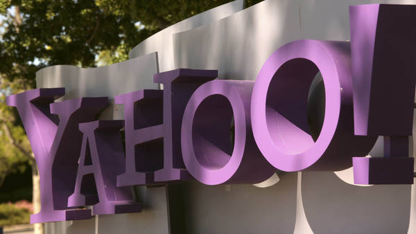 Yahoo Head Logo