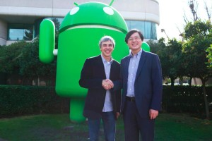 Google CEO Larry Page and Lenovo CEO Yang Yuanqing