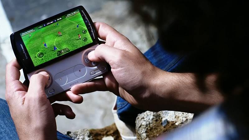Sony Ericsson Xperia Play Fifa